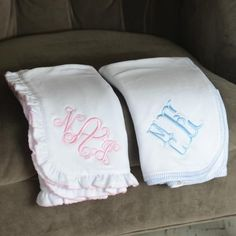 Monogrammed Baby Blanket - Choose Blue Stitch or Pink Ruffle Baby Monogram, Monogram Gifts, Simple Embroidery, Embroidery Designs, Baby Full Moon, Personalized Baby Shower Gifts, Machine Embroidery Applique, Vinyl Shirts, Baby Sprinkle