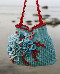 "Gorgeous ""Sea"" crochet bag-- love the turquoise and dark coral together."