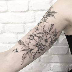 Inner Bicep Tattoo, Forearm Tattoos, Body Art Tattoos, Tattoo Arm, Nature Tattoo Sleeve, Nature Tattoos, Sleeve Tattoos, Pretty Tattoos, Beautiful Tattoos