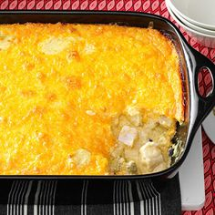 Curried Chicken and Grits Casserole Recipe -Southern-style cheesy grits meet curry and loads of vegetables to make a satisfying casserole that blankets the house with an inviting aroma. Grits Casserole, Casserole Recipes, Hominy Casserole, Chicken Casserole, Cooking Curry, Sprout Recipes, Curry Dishes, Dinner Entrees, Cereal Recipes