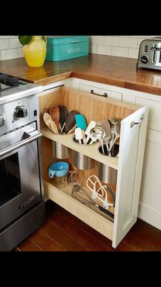 Storage for utensils