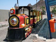 Expresso Mágico, Tren Infantil, Tren Infantil Expresso Mágico en México Trains For Sale, Amusement Park, Lawn Mower, Robot, Toys, Xmas, Playgrounds, Trains, Lawn Edger