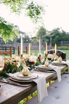 Outdoor Fall/Thanksgiving Tablescape. Beautiful inspiration of your own Thanksgiving celebration.