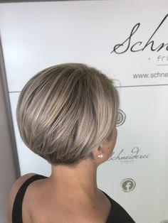 Silver shine highlights Short Cuts, Haircuts, Highlights, Silver, Shaving Machine, Barber Salon, Hair Stylists, Dressmaking, Shaving
