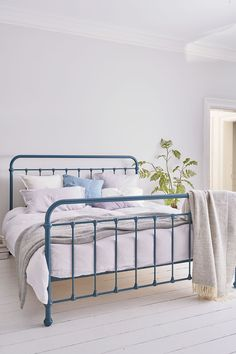 Our best-selling, ever-so-charming Oliver Bed is a traditional dorm style bed with softly curving lines and delicate mouldings. Metal Bedsteads, Security Gates, Tubular Steel, Ceiling Height, Bed Styling, Timeless Design, King Size, Guest Room, Dorm