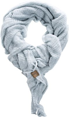 Light Ocean - De perfecte sjaal: gemaakt van zacht katoen (90%) met puur linnen (10%). De Light is voorzien van een losse breisteek en nonchalante, onafgewerkte randen. Het royale formaat zorgt ervoor dat je het item op verschillende manieren kunt dragen. De Coisa Light is gebreid door onze zuiderburen en gemaakt van eersteklas Italiaanse garen. Kleuren: misty, nutmeg en ocean. Formaat: 150 cm x 200 cm.