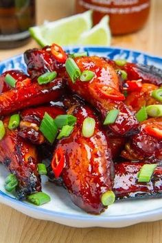 Vietnamese Style Caramel Chicken Wings (the sauce hits all the major flavour points: salty, sweet, spicy, and sour! Guessing a sugar substitute will work just fine Vietnamese Cuisine, Vietnamese Recipes, Asian Recipes, Vietnamese Chicken Wing Recipe, Asian Foods, Easy Recipes, Healthy Recipes, Caramel Chicken, Think Food