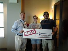Congratulations to Stephanie & Michael E. on the sale of their house and purchase of their new home with Team George Weeks & Eddie Mann! #realestate #teamgeorgeweeks