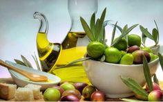 *** Fresh olives and extra virgin oil *** - Desktop Nexus Wallpapers Fast Metabolism Diet, Metabolic Diet, Huile Olive Bio, Extra Virgin Oil, Wellness Programs, Healthy Living Tips, Healthy Chicken, Paleo Diet, Paleo Menu