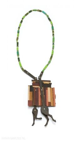 Tabea Reulecke - Trabholz, necklace, 2010, mix of tropical woods, crayons, silver, silk thread - 46 x 10 x 4 cm