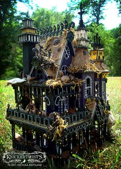 The Wee Mystic's House - Little Miniature Magic Dollhouse> Where was this when I was a kid???