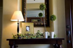 Foyer Decorating Ideas   console table foyer design ideas Enhance Your Living Room With a ...