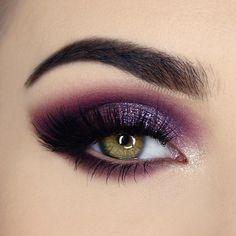 Gorgeous Eye Makeup In Purple Glitter 1 Top Ideas To Try . Gorgeous eye makeup in purple glitter 1 Top Ideas To Try makeup ideas purple - Makeup Ideas Purple Eye Makeup, Eye Makeup Tips, Makeup Goals, Love Makeup, Makeup Inspo, Makeup Inspiration, Makeup Ideas, Makeup Hacks, Gorgeous Makeup