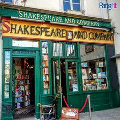 Shakespeare and Company, la famosa, particolare e bellissima libreria di Parigi lungo la Rive gauche della Senna.