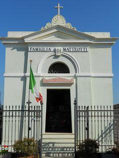 tomba famiglia Matteotti (Giacomo Matteotti) a Fratta Polesine by Pivari.com, via Flickr