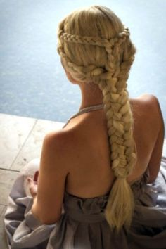 A look at Emily Clarke's Game of Thrones character Khaleesi's 12 best hair and braid moments on screen.