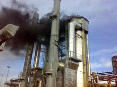 PURIFICACION DE AIRE AIRLIFE MUNDIAL TE DICE ¿qué son los Gases combustibles? Los Gases combustibles  Arden fácilmente en presencia del aire o de otro oxidante, algunos son Hidrógeno, Acetileno. El uso de estos en conjunto sirven para algunos procesos industriales pero suelen ser altamente volátiles y toxicos. http://airlifeservice.com/