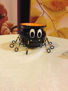 Spider scentsy warmer love it !! new for fall 2014