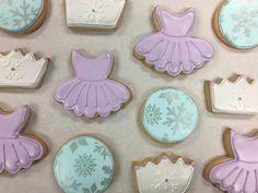 Snowflake Princess Cookies by @cookiesbykatewi