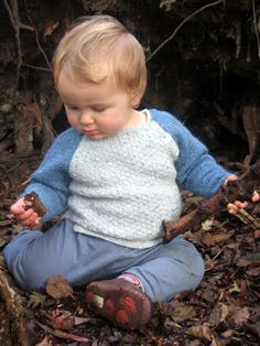 Free+Knitting+Pattern+-+Baby+Sweaters:+Cirrus+Sweater