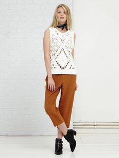 Ivory crochet top  • Sleeveless •One Size Fabric Composition: 100% Cotton  Verity is 177 cm and wears: UK S/ EU S/ US XS