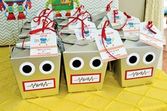 Having a robot party and looking for some fun and great ideas for the kids to take home as party favors? We have gathered up some of the best robot party favor ideas. 4th Birthday Parties, Boy Birthday, Birthday Ideas, Birthday Supplies, Birthday Quotes, Birthday Presents, Birthday Cake, Pochette Surprise, Robot Theme