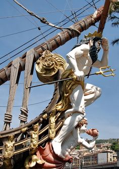 Figurehead from The Neptune,  ship replica of a 17th-century Spanish galleon. The ship was built in 1985 for Roman Polanski's film Pirates and now docked in Genoa.