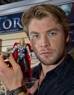 chris hemsworth thor. I don't know why, but this made me laugh ^.^