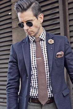 Mens Fashion - Blue Blazer, checked shirt, brown tie, silver tie clips, creme lapel flower, paisley pocket square