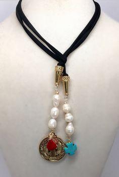 He encontrado este interesante anuncio de Etsy en https://www.etsy.com/es/listing/227789604/lycra-necklace