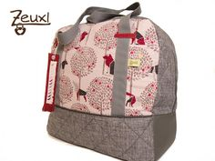 Zeuxl Reisetasche Wolf | Schnitt: Taschenspieler 3 von Farbenmix Love Sewing, Wolf, Backpacks, Happy, Tips, Scrappy Quilts, Sew Simple, Travel Tote, Sew Bags