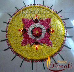 A circular rangoli made of petals, for Diwali. Rangoli Designs, Mehndi Designs, Diwali Rangoli, Flower Rangoli, Beautiful Mehndi Design, Flower Decorations, Art Forms, Cool Designs, Christmas Tree