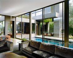 Vienna Way House by Marmol Radziner | Best Interior Designers | Best Projects | Interior Design Ideas | For more inspirational ideas take a look at: www.bocadolobo.com