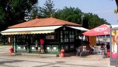 Quiosque dos gelados, portimao Portugal, Outdoor Decor, Home Decor, Kiosk, Lisbon, Street, Projects, Glamour, Homemade Home Decor