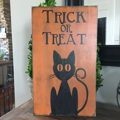 Trick or Treat sign.