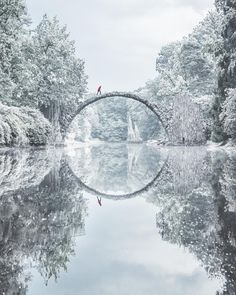 Places That Are Even Better During The Winter rakotzbrücke (devil's bridge) in winter, kromlauer park, germany Rhododendron Park, Winter Szenen, Beautiful Places In The World, Wonderful Places, Narnia, Beautiful Landscapes, Travel Photography, Winter Photography, Germany Photography