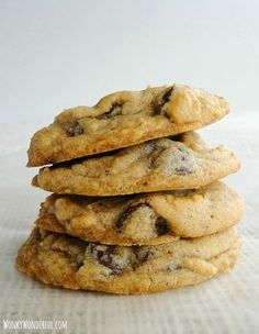 Chewy Chocolate Chip Cookies - wonkywonderful.com