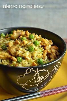 Ryż smażony z kurczakiem - niebo na talerzu