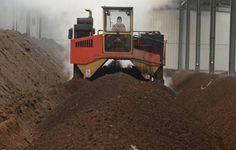 compost of vinasse Email: fanwayfertilizermachinery@gmail.com Website: www.fertilizer-machinery.com