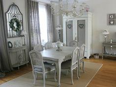 déco de charme gustavienne   Un espace repas au gris charmant : Visitez la maison de Valérie ...