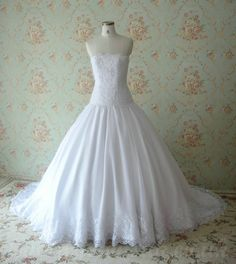 Handmade Wedding Gowns | ... Strapless Handmade Beading Ball Gown Fabulous Wedding Dresses 2012