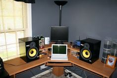 To get the sweet spot here, you might as well strap those monitors direct to your head!