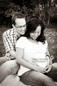 gracetolmanphotography: The L couple awaits their newborn *Colorado Springs Maternity Photographer*