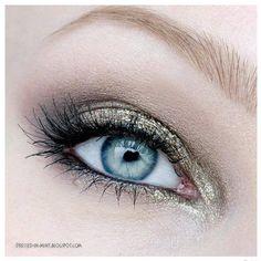 Pretty Eye Make Up......
