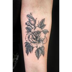 #rose #tattoo #dotwork #flowertattoo #apprentice