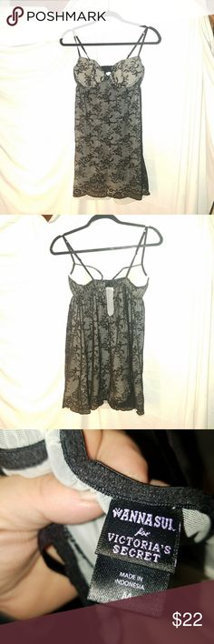 ANNA SUI FOR VICTORIA'S SECRET chemise NWOT Pretty black lace, lined in cream Size medium Underwires, lightly padded Anna Sui Intimates & Sleepwear Chemises & Slips
