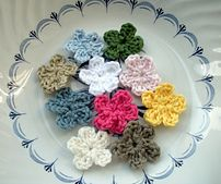 Ravelry: Little Tiny Applique Flower pattern by Heloise Victoria