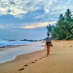 Relax on the beach @ Unawatuna - Sri Lanka https://www.srilankatravelandtourism.com/places.php . Sri Lanka Travel Tour Operator. Explore Sri Lanka with Us. Mobile-WhatsApp-Viber 94 777854022 . Photo by @themikewahl . #srilanka_travel #srilanka#colombo #qatar#saudi#ksa#kuwait#oman #bharain#dubai#france#riyadh #germany#ksa#arab#arabia#sunset #qutarairways#sunrise #czech#austria#poland#lithuania#romania#italy #portugal #russia #russian #beach #unawatuna #amazingphoto