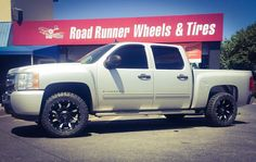 20x10 -24 wrapped in some 33x12.50-20 #getlifted #roadrunnerwheels #rimfinancing  Ask us how you can get your truck LIFTED  Please share or like post. Thank you! http://ift.tt/2pubNKT