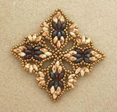 Super Duo Bead Patterns Free | Pattern by Mu: http://p5.storage.canalblog.com/56/87/392679/78410421 ...